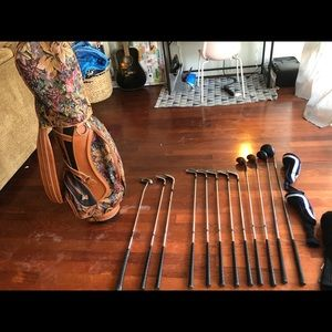 Vintage golf bag, with full set of clubs